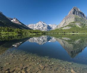 Glacier Peaks Reflections